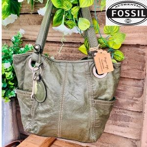Incredible textured Army Green Fossil Leather Tote